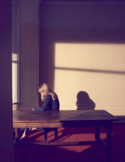Camilla Akrans, A Single Woman, 2010. 104 x 80 cm. ©Camilla Akrans